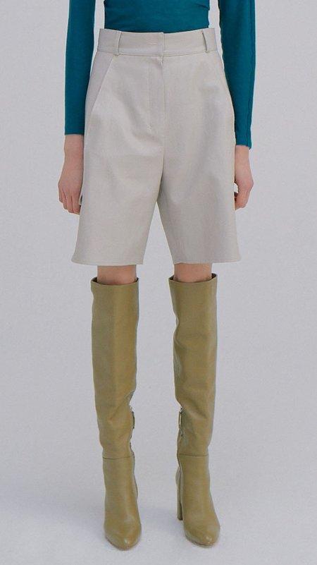 Wnderkammer Eco Leather Half Trouser - Light Grey