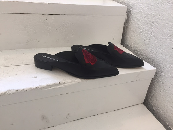 Intentionally Blank FANNING EMBROIDERED MULE