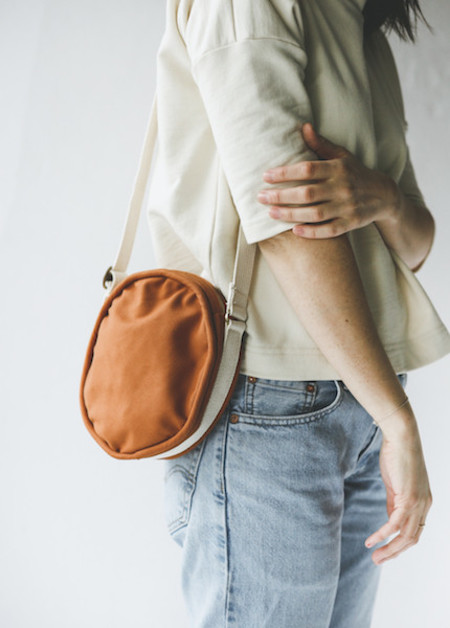 Lotfi Canteen Bag in Rust