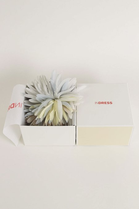 INDRESS Anemone Brooch/Hairpiece - Fog