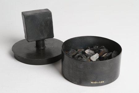 Mad et Len Pot Pourri Totem Tourmaline Terre Noir