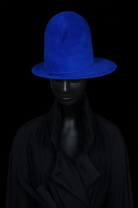 Esenshel DOME CREASED ASYMMETRIC BRIM HAT - ROYAL