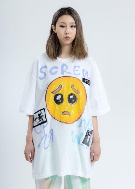 Guernika White Paint T-Shirt - Emoji