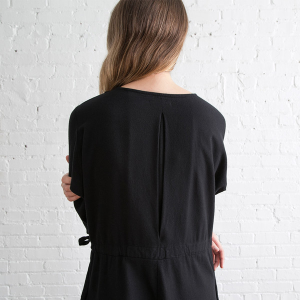 Black Crane Folding Jumper - Black
