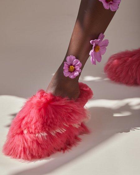 Ariana Bohling Bowie Alpaca Slipper - Fuchsia/Pink