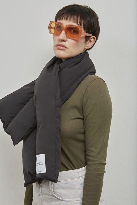 Embassy of Bricks & Logs Hervey down scarf - black