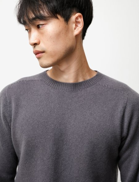 Neighbour Cashmere Merino Sweater - Lava