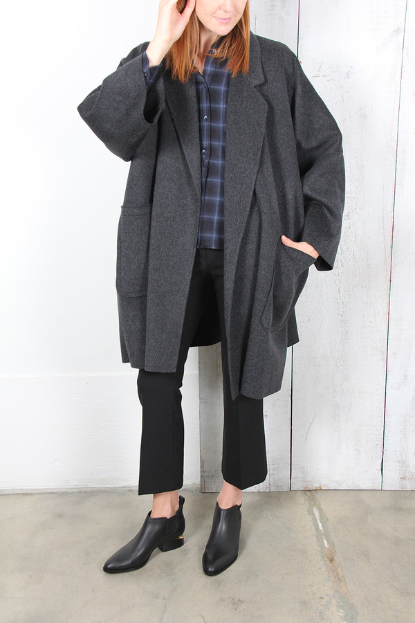 Helmut Lang OVERSIZED CAPE COAT