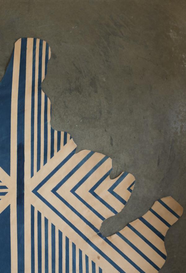 AVO Painted Plains Geometric Hide