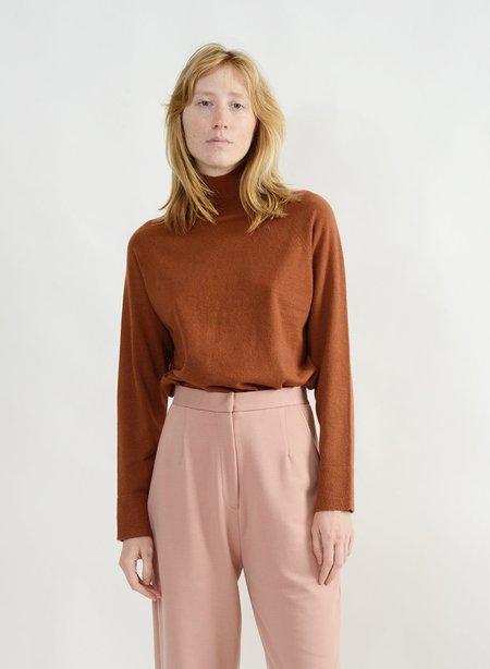 Meg Basic Mock Neck Sweater - Camel