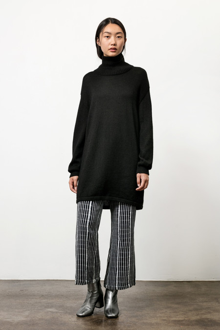 Osei-Duro Alpaca Turtneck Tunic in Black