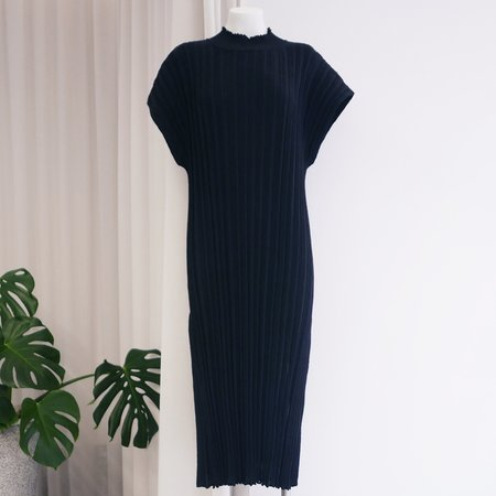 Rus Higasa Dress - Ink