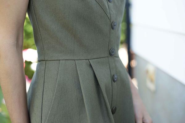 Birds of North America Brolga Dress (Army Green)