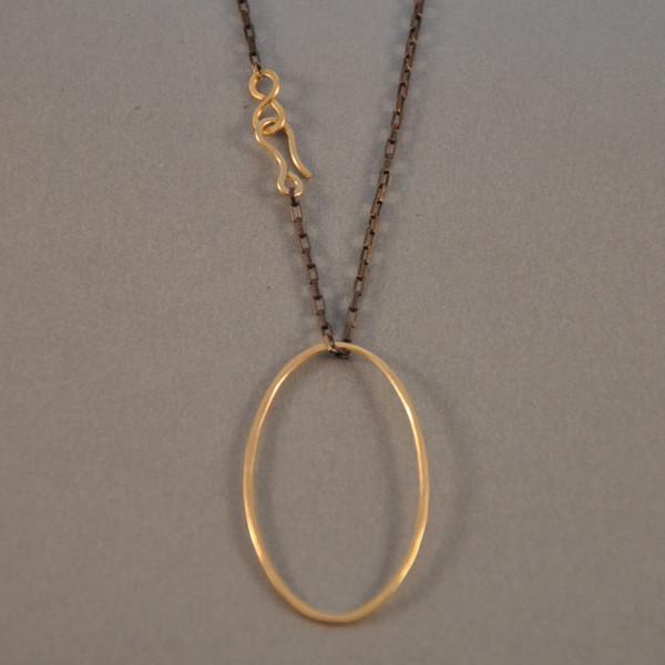 Isla Loves Rick Ilsa Loves Rick Oval Necklace
