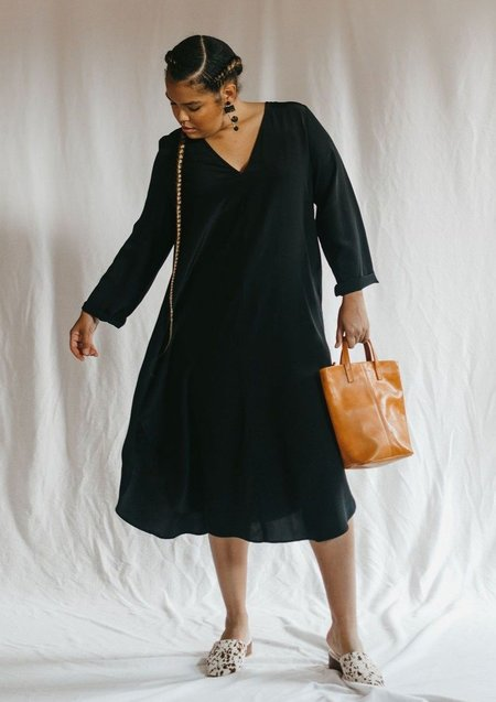 WINSOME Carmen Dress - Black