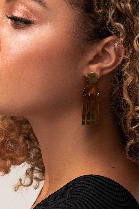 Soko Maxi Horn Cala Earrings - brass