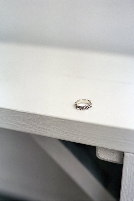The Silver Stone Olive Branch Ring - Silver