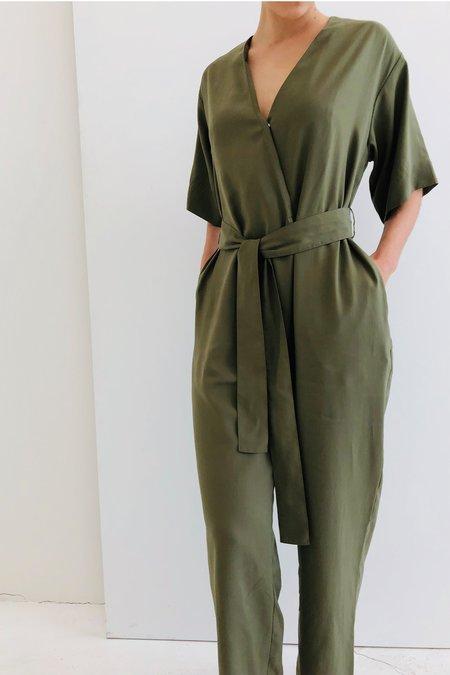 a mente Surplus Woven Jumpsuit - DK Green