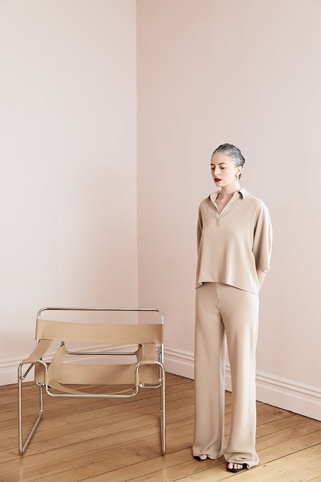 Harris Tapper Irving Suiting Twill Wide-Leg Trousers - Beige