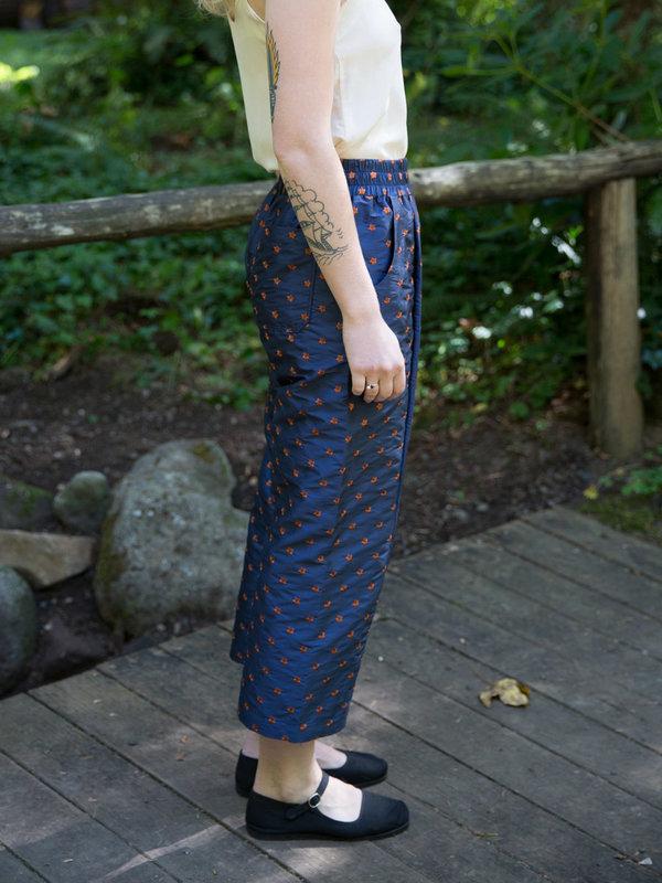 Nikki Chasin Patch Elastic Waist Pant