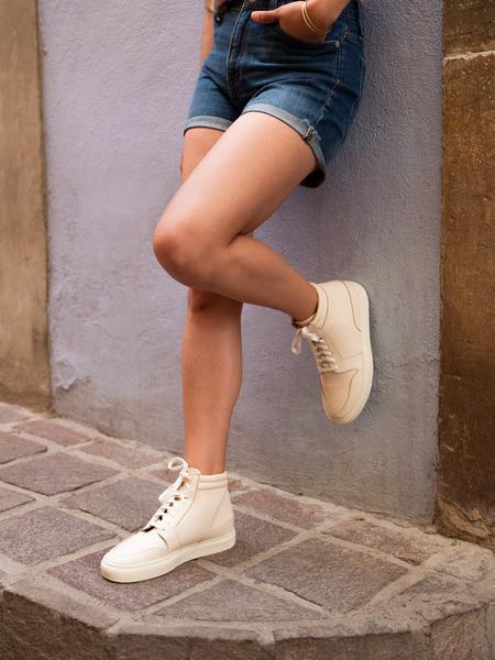 Nisolo Reina High Top Sneaker - Bone