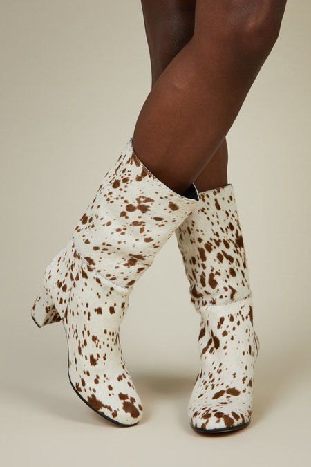 """INTENTIONALLY __________."" Pammy Boots - Speckled"
