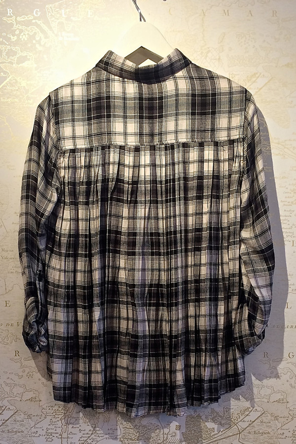 Rebecca Bree 'Calvin' Plaid Shirt with Pleated Back