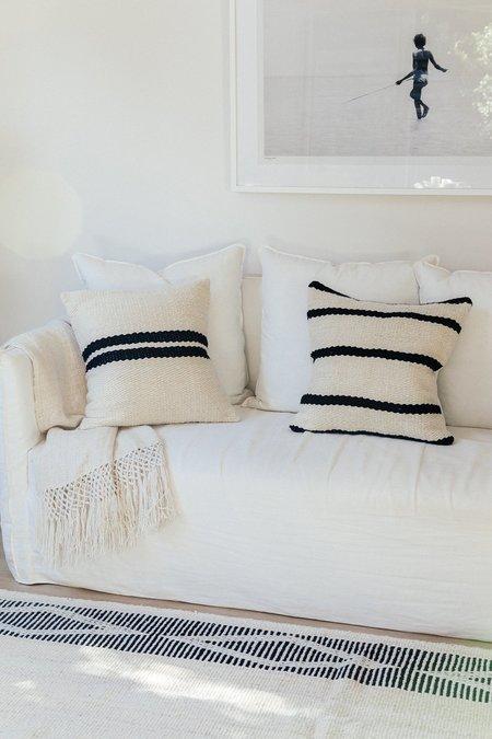 Pampa Porteño Cushion #3 - natural white/black