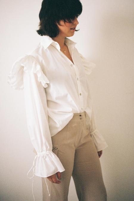 Annie Hamilton Ruffle Shirt - White