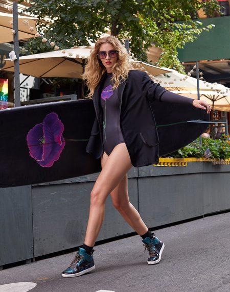 Cynthia Rowley Custom Long Surfboard - black