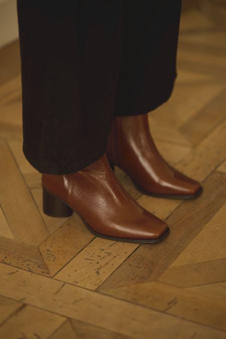 Anne Thomas Simon Moroder Boots - cuoio