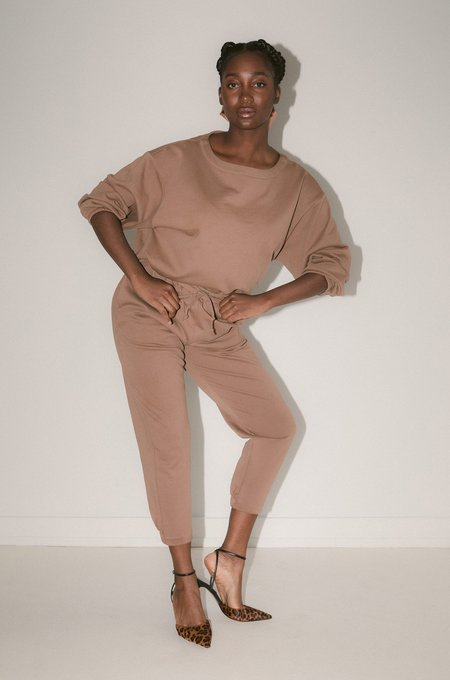 Soft Focus The Taper Jogger - Fawn