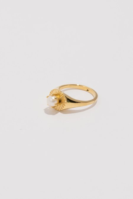 Ale Bremer Signet  Poet Ring - Gold