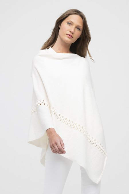 Heidi Says Twist Stitch Poncho - Bianco