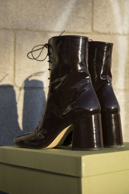 About Arianne Stevie Boots - Espresso