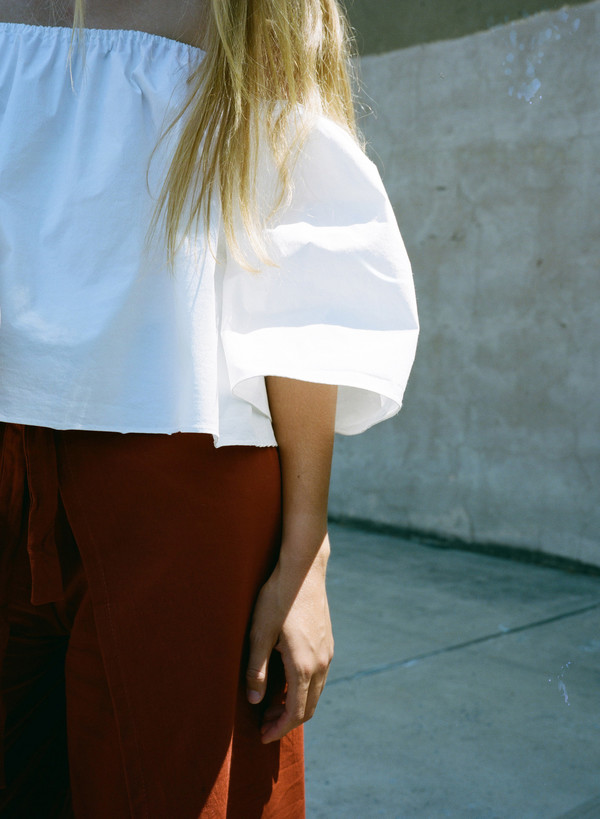 Sincerely, Tommy Signature Off the Shoulder Top