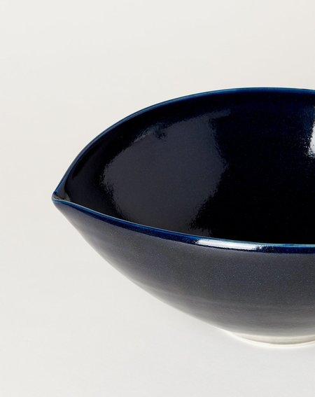 Monohanako Extra Large Almond Bowl - Navy