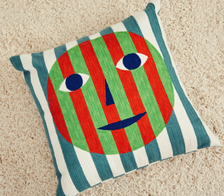 Dusen Dusen Pillow Cover - Face