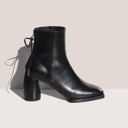 Reike Nen Square Ribbon Half Boots - black