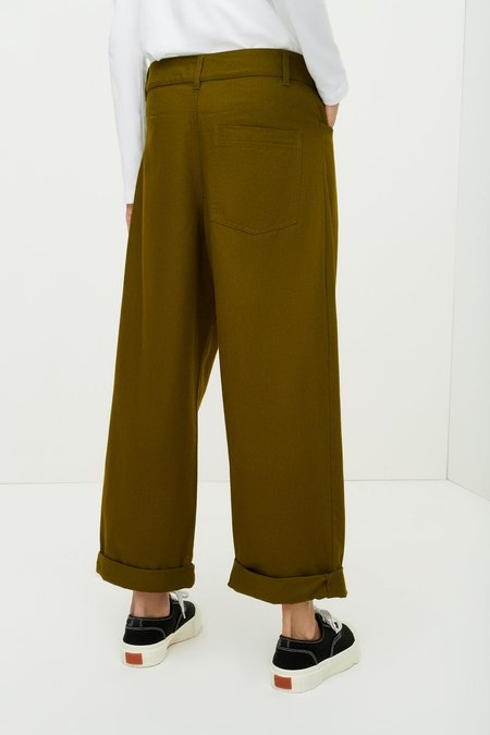 Kowtow Worker Jeans - Olive