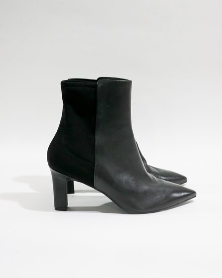 [Pre-loved] Stuart Weitzman Lauri 75 Ankle Boots