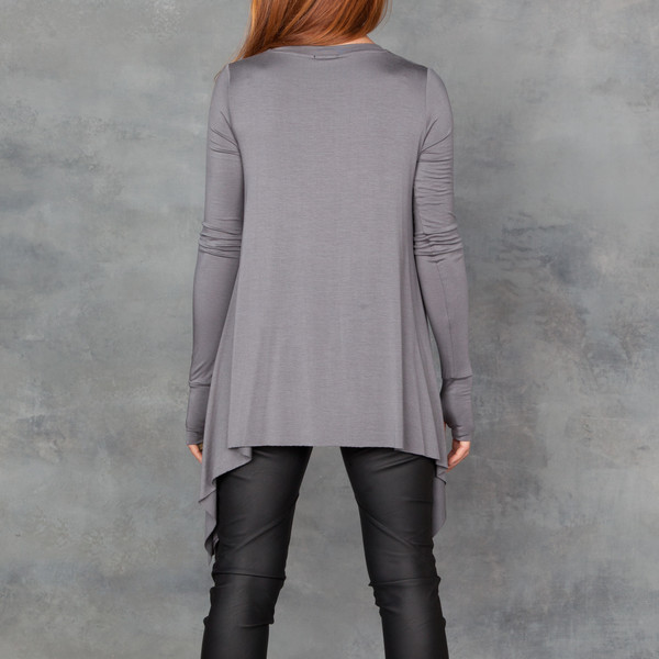 Sen Roma Shark Hem Long Sleeve Top