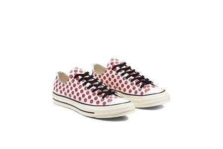 unisex Converse Chuck 70 Happy Camper Print 167645C sneakers - OX Cerise Pink