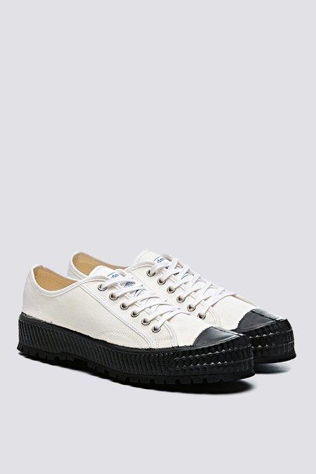 ZDA 2100F Trainer - White/Black