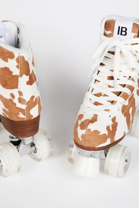 """INTENTIONALLY __________."" WHIP IT SKATE - Taupe Moo"