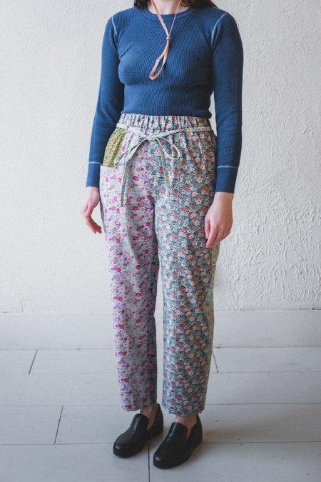 Kasmaria Floral Patch Pants
