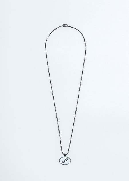 we11done Oval Logo Necklace - Black/White