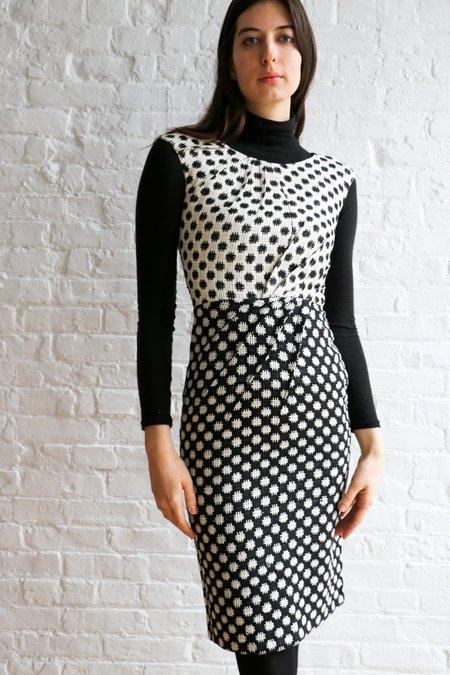[Pre-loved] Oscar de la Renta Embroidered Sheath Dress - Black/Cream