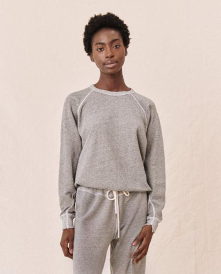 The Great. The College Sweatshirt - varsity Grey