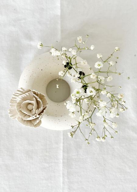 Dear You Ceramics Blossom donut #1 vase - white